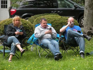 Aunt Ginger, Doug, and Shawn are all on their phones